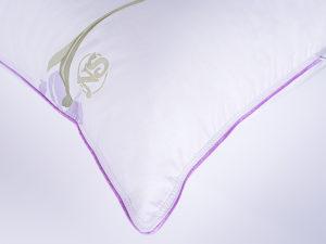 podushka-raduznuy-iris-ugol